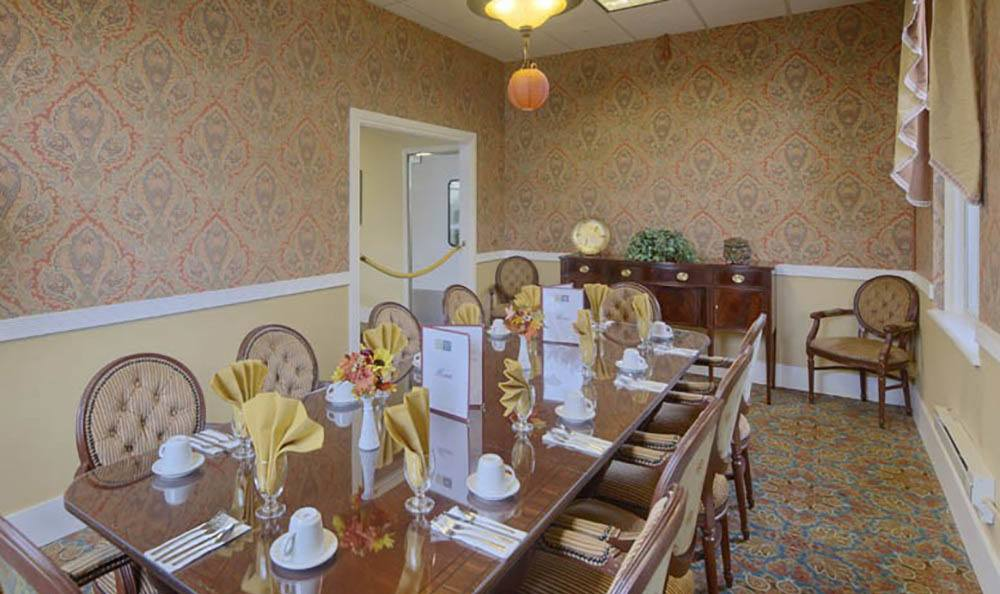 Private Dining Area at Queen Anne Manor Senior Living in Seattle.