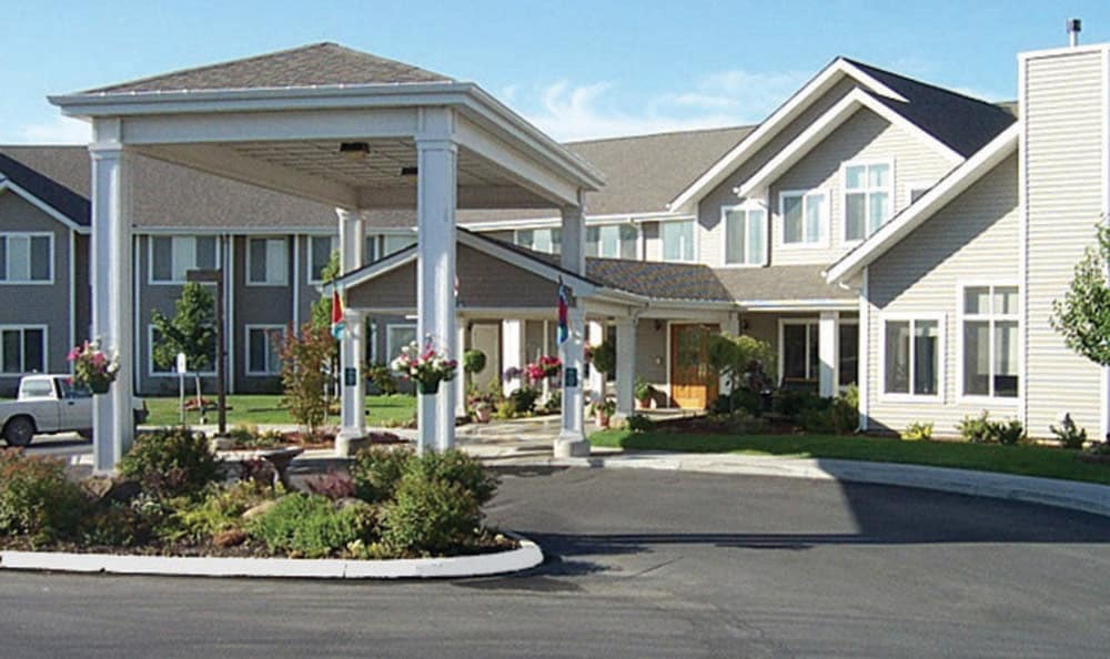 Front entrance at Bishop Place Senior Living in Pullman.
