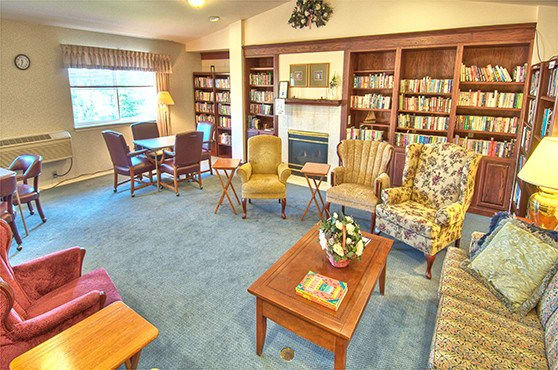 Sitting room at Chandler's Square Retirement Community in Anacortes
