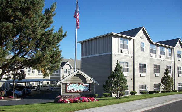 Exterior of Flagstone Senior Living in The Dalles