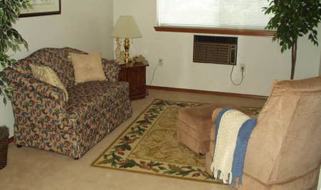 Living area in Senior-Living at McLoughlin Place Senior Living