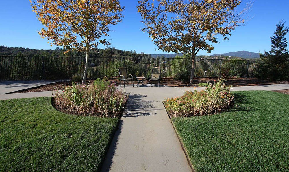 Outdoor Walking Paths at Oak Terrace Memory Care
