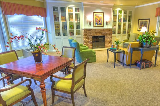 Living room at Sierra Ridge Memory Care in Auburn