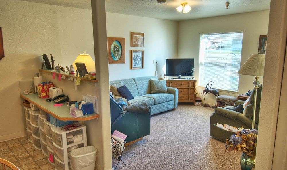 Apartment Living room at Dorian Place Assisted Living