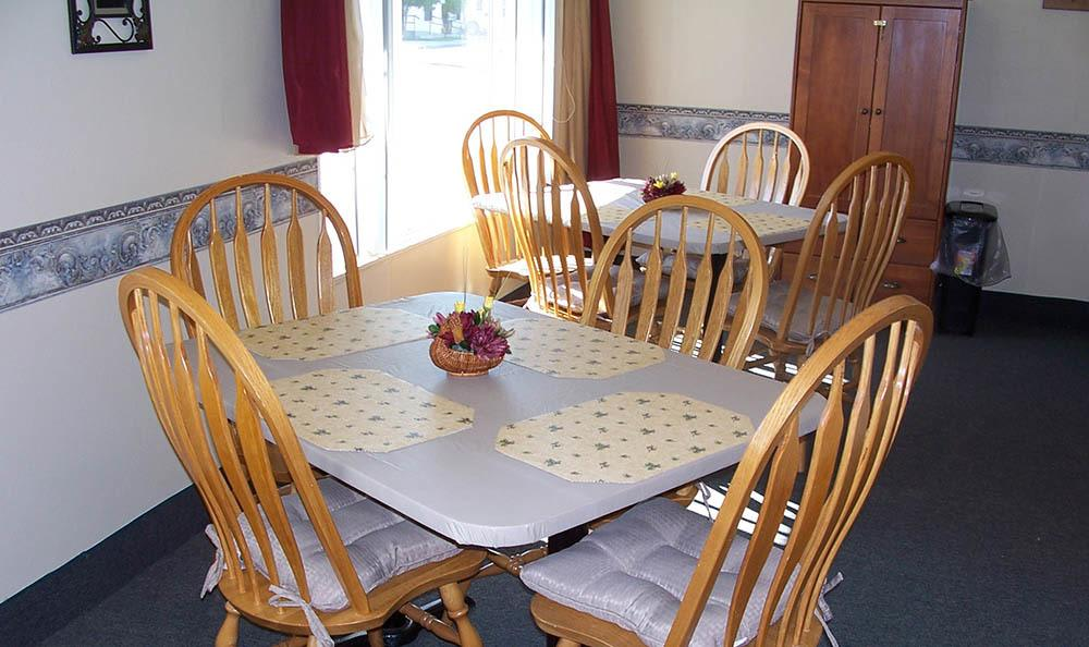 Community Dining Room At The Homestead Assisted Living in Fallon