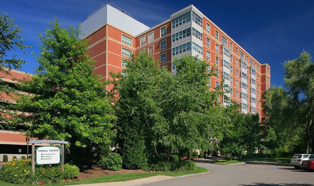 Exterior view of our beautiful high-rise community at Kimball Towers at Burlington.