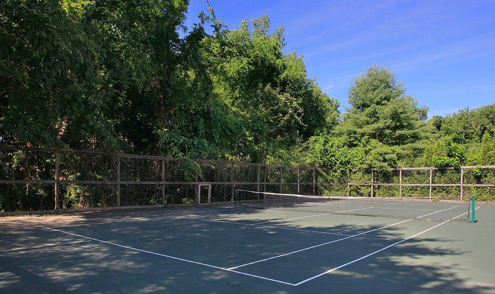 Play tennis at our lighted outdoor court here at Kimball Towers at Burlington.