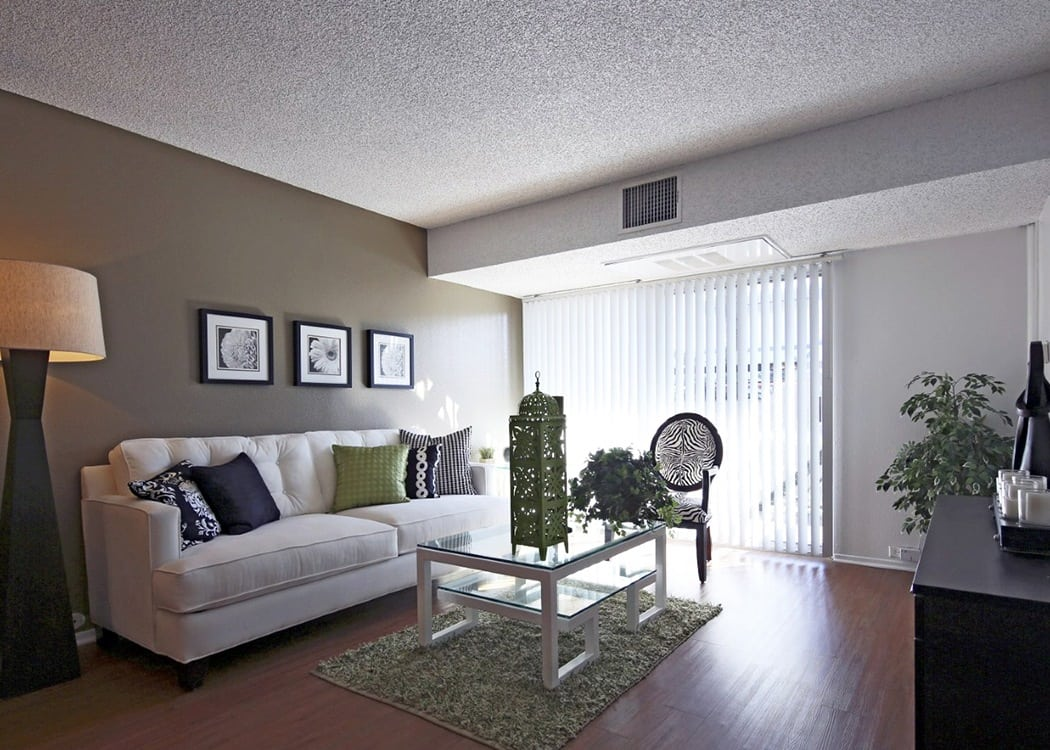 Living room at Crystal View Apartments