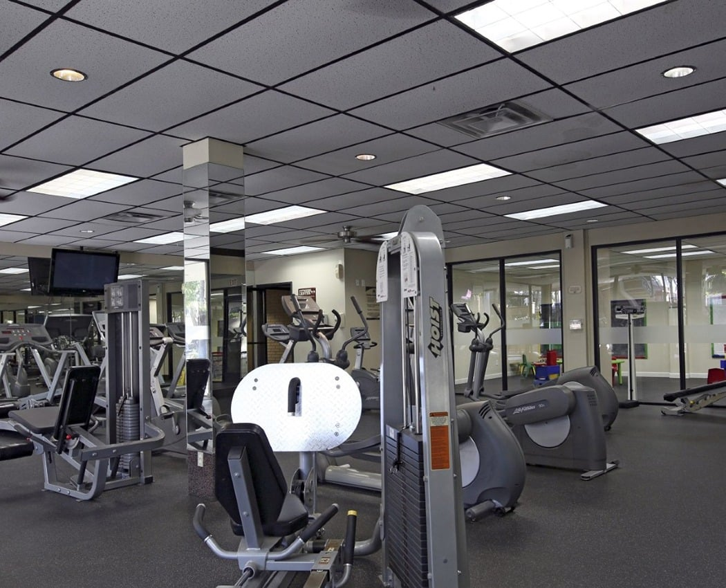 Fitness center at Crystal View Apartments