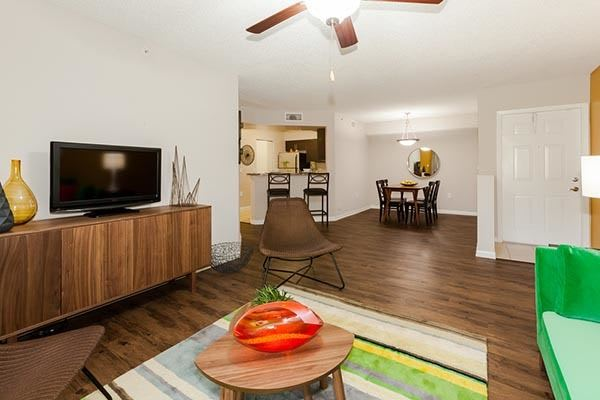Family Room At Apartments In Pembroke Pines