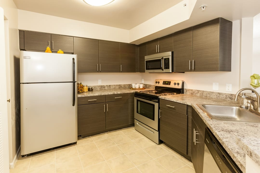 Kitchen At Apartments For Rent In Pembroke Pines