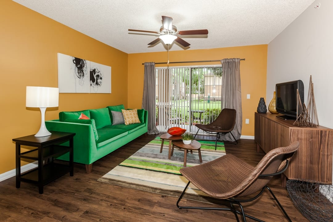 Living Room At Apartments For Rent In Pembroke Pines
