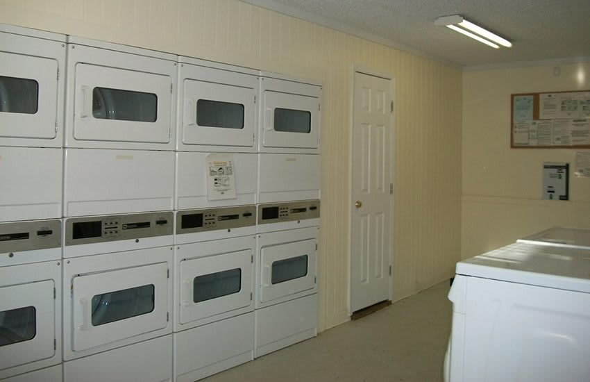 Need to do the wash? Our on-site laundry facility at Highland Square makes it simple!