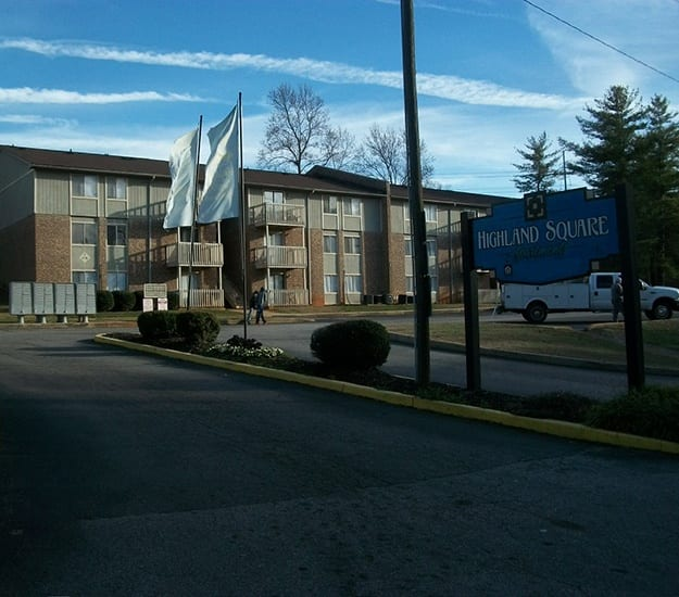 Highland Square Apartments: Woodfields Greenville Apartments Near Greenville Technical