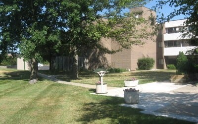 Courtyard At Our Rochester Hills Senior Apartments Community