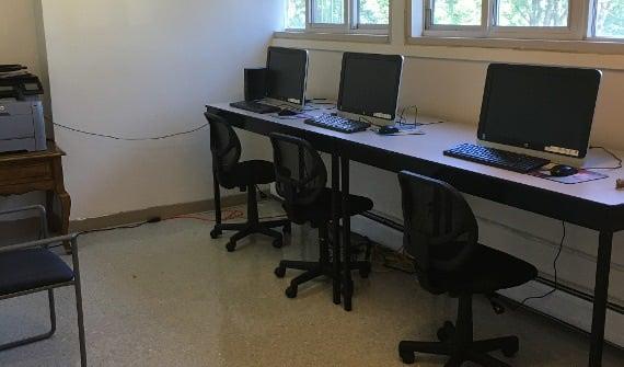 Computer Lab At Rip Van Winkle