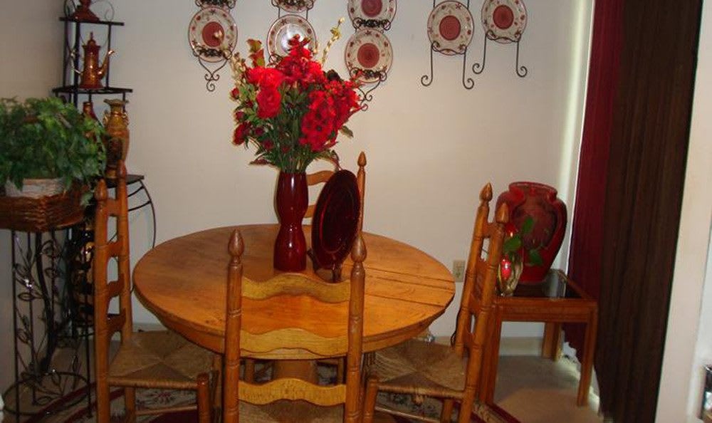 Midtown Estates Dining room.