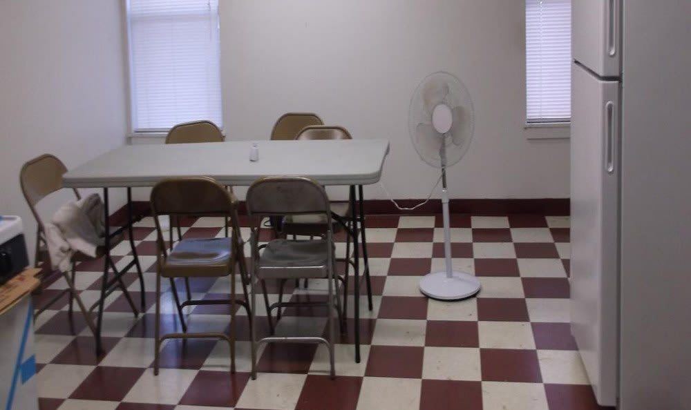 Community room at Meadow Run Apartments in Anderson