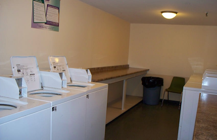 We offer free utilities, an on-site laundry facility and more at Nottingham Tower Apartments in Waterbury.
