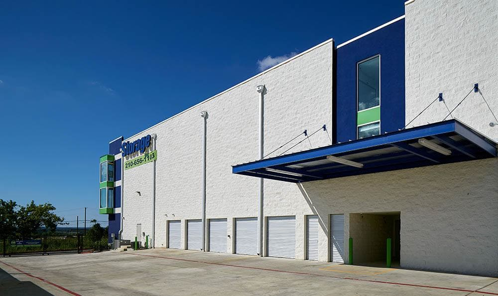 Surepoint Self Storage Fm 1103 Covered Entry