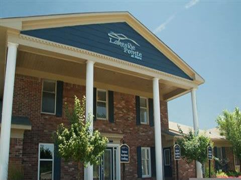 Clubhouse Exterior at Lakeside Pointe at Nora in IN.