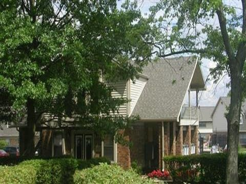 Enjoy the surroundings at Covington Square Apartments and Townhomes in IN.