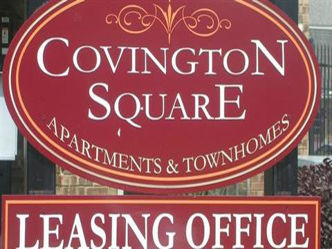Monument sign at Covington Square Apartments and Townhomes in IN.