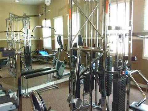Fitness Center at Fox Club Apartments in IN.
