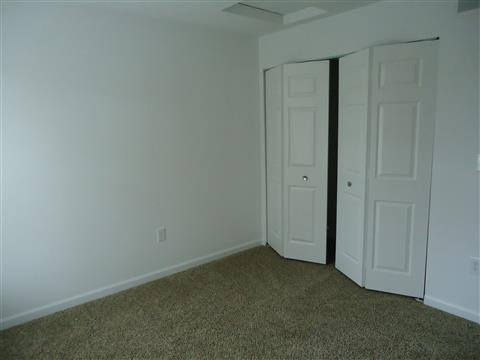 Bedroom of Apartments for rent at Woods at Oak Crossing in IN.