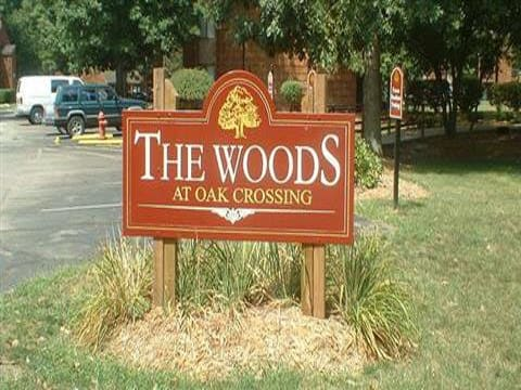 Monument sign at Woods at Oak Crossing in IN.