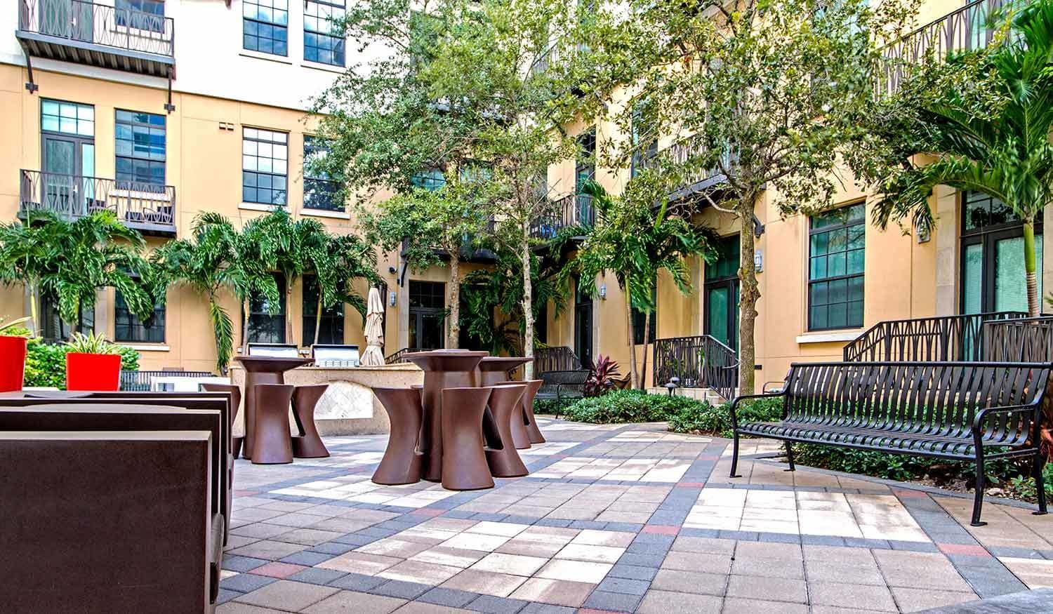 Areas to entertain friends at The Exchange Lofts in Fort Lauderdale, Florida.
