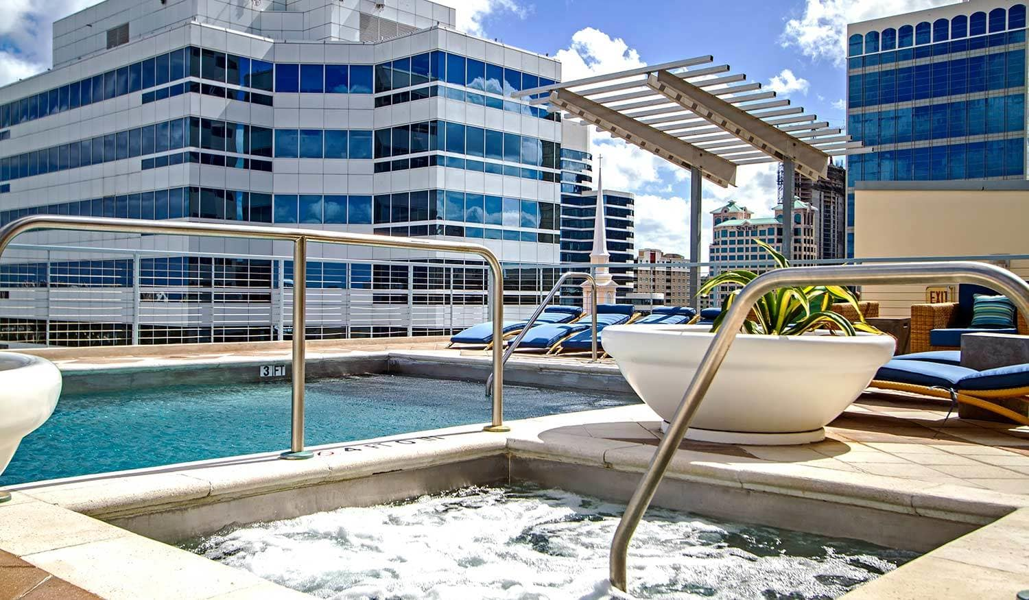 Rooftop jacuzzi at The Exchange Lofts in Fort Lauderdale, Florida.