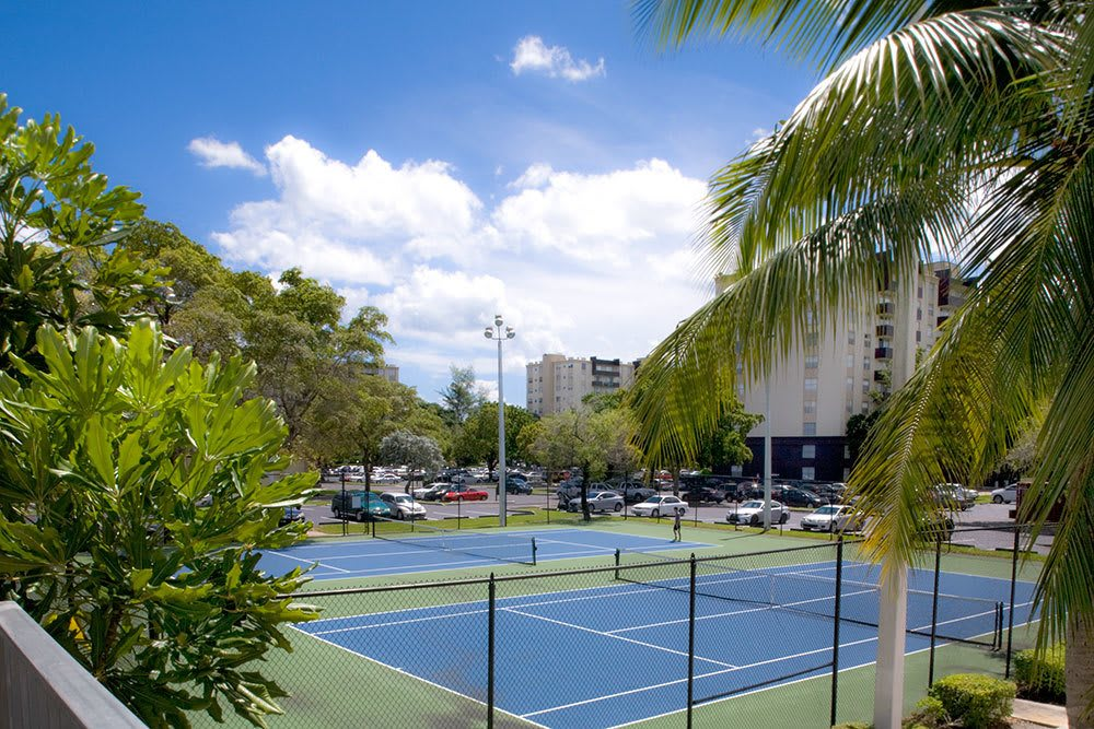 Onsite tennis courts at Aliro in North Miami, Florida