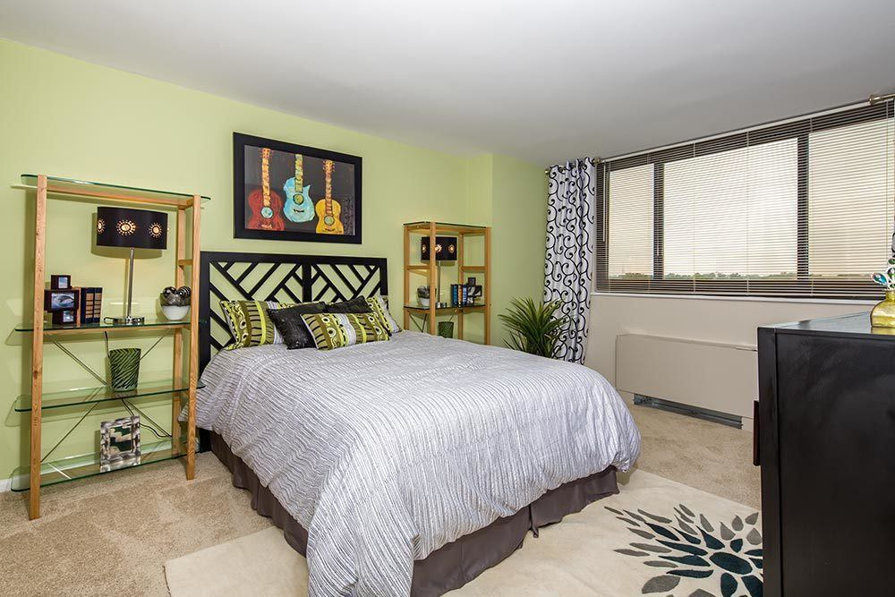 The Warwick Apartments example bedroom