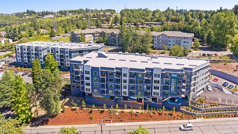 Apartments in Renton has a swimming pool