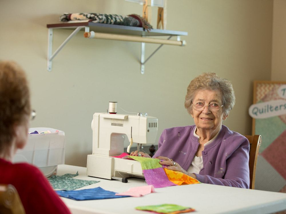 Arts and crafts for residents at The Heritage at Meridian Gardens