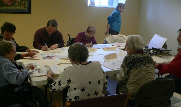 Avalon Assisted Living Community offers great arts and crafts activities.