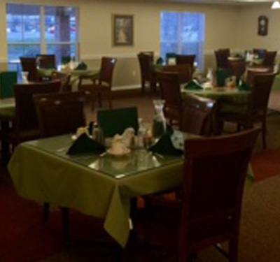 Casual dining room at Garden Square at Westlake Assisted Living.