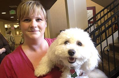 The Vistas Assisted Living and Memory Care accepts pets.