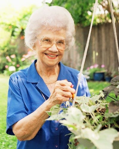 Fun activities at Southern Knights Senior Living Community.