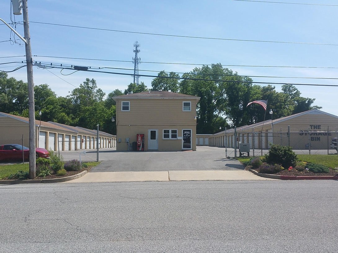 Front view at The Storage Bin - Eldridge
