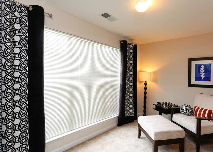 Grand Reserve at Pavilions offers spacious 1, 2 & 3 bedroom apartments for rent in Charlotte