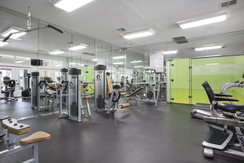 Fitness Center At Lago Paradiso at the Hammocks In Miami FL