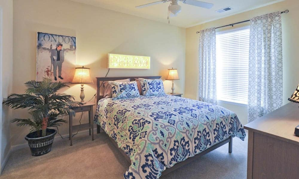 A view of the bedroom in apartments at Level at 401