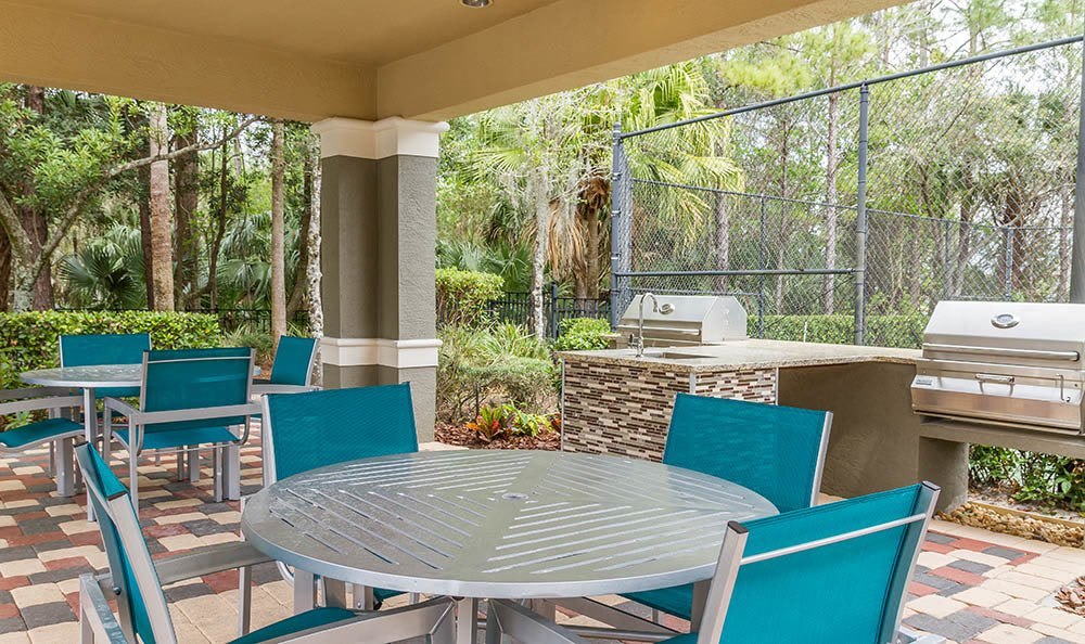 Picnic And Bbq Area at The Preserve at Tampa Palms in Tampa, FL