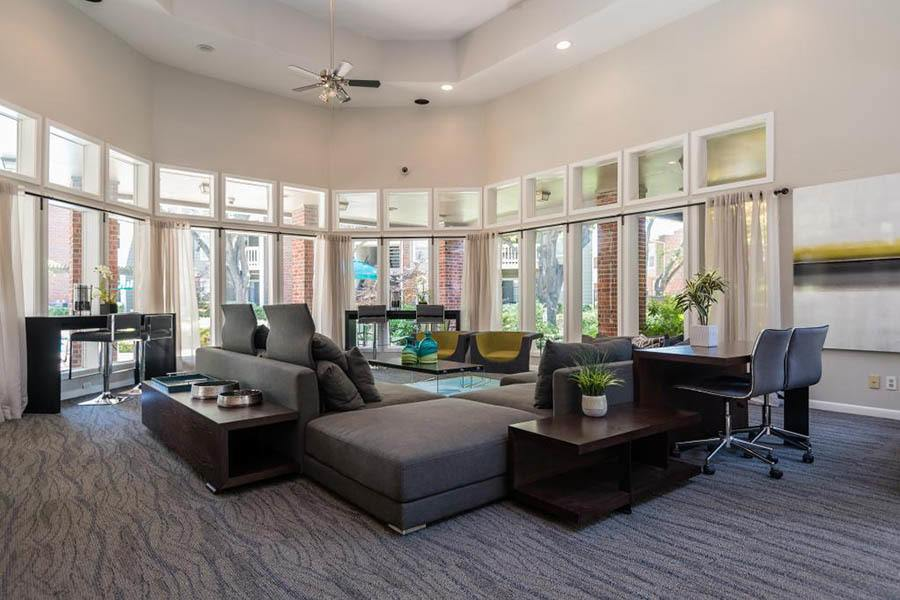 Clubhouse at South Pointe Apartments in Dallas