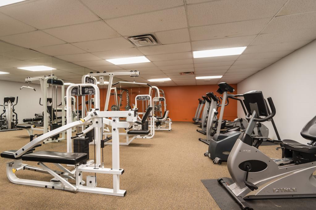 Fitness Center at South Pointe Apartments in Dallas