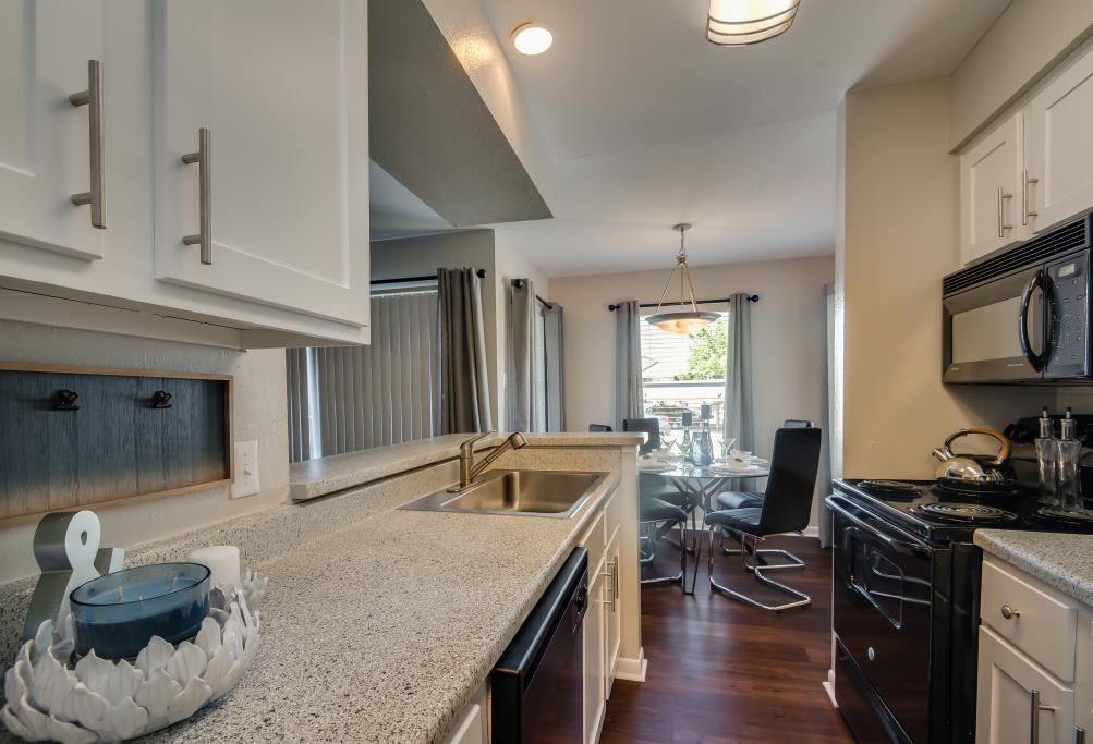 Spacious Kitchen at South Pointe Apartments in Dallas