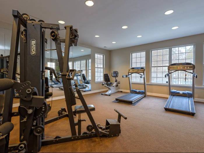 Regency Park offers an impressive list of features and amenities in Raleigh