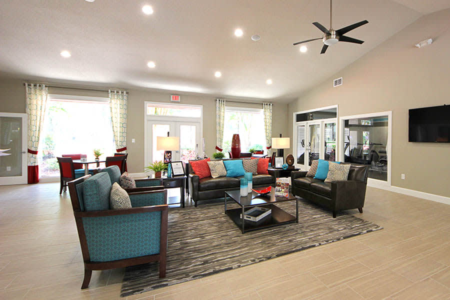 Lounge at Altamonte at Spring Valley in Altamonte Springs